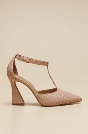 T-STRAP HEELED SHOES