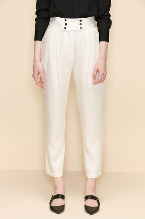 BUTTON TAPERED PANTS
