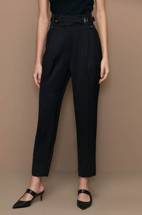 BUCKLE TAPERED PANTS